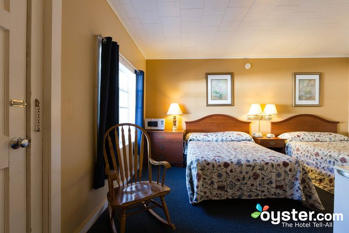 standard-2-queen-beds--v14598787-720